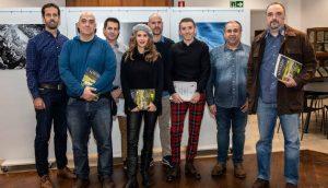 Fotografía de los premiados en el XII concurso fotográfico que ha convocado la revista.